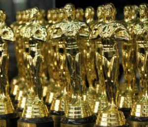 Oscars 2015 – Hollywood A-Listers are awarded with vibrators