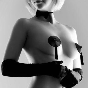Model Wearing Bijoux Indiscrets Classic Burlesque Nipple Pasties